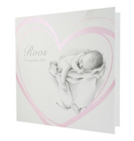 Familycards Klein Wonder Geboortekaartje babytje in parelmoerroze hart