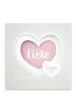 Familycards Klein Geluk Geboortekaartje - drieluikje met roze hartje uitgespaard (66494)