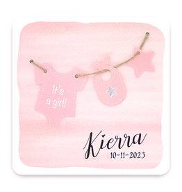 Familycards Klein Geluk Geboortekaartje - roze aquarel en waslijntje met kleertjes