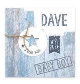 Familycards Klein Geluk Geboortekaartje - blauw met steigerhout en hartje