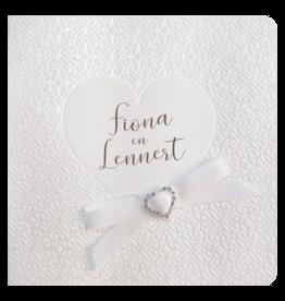 Belarto Celebrate Love Huwelijkskaart - Stijlvol hart en strik