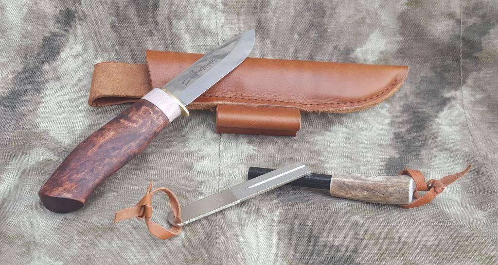 Karesuando Survival Knife incl. Firestarter and Diamond Whetstone