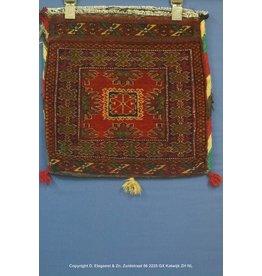 Art. B - 659 -Turkoman-kussen