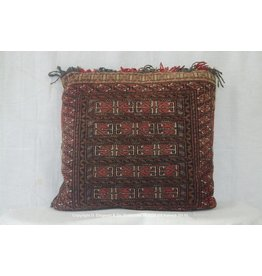 Art. B - 153 -Turkoman-kussen
