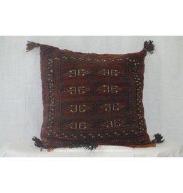 Art. B - 664 -Turkoman-kussen