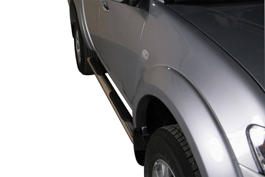 Sidebar ovaal 2 - Mitsubishi L200 Dubbel Cabine & Crew Cab - 2009 tot 2015