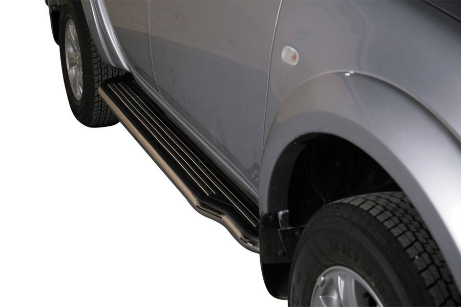 Sidebar plat - Mitsubishi L200 Dubbel Cab & Crew Cab - 2009 tot 2015
