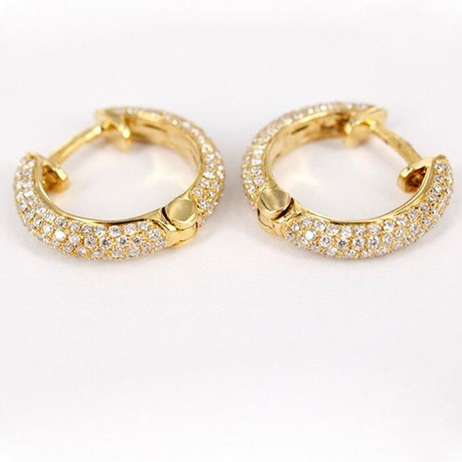 18 karaat geelgouden creolen met diamant