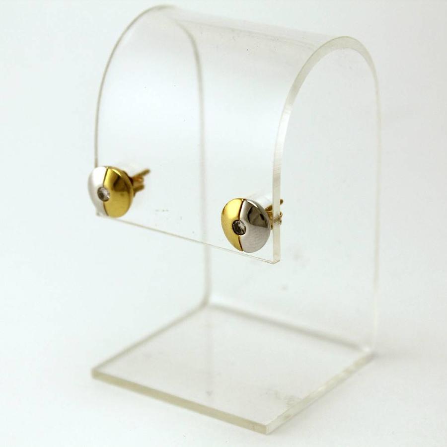 18 karaat  bicolor gouden oorknoppen ,met briljant