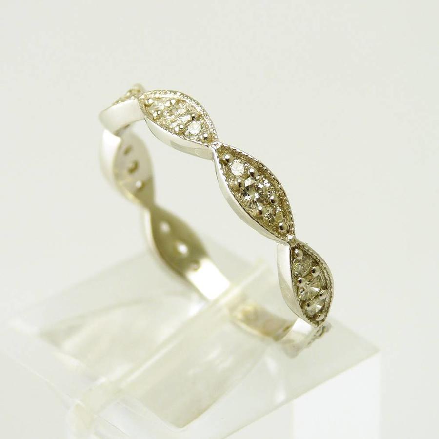 18 karaat wit gouden ring met briljanten