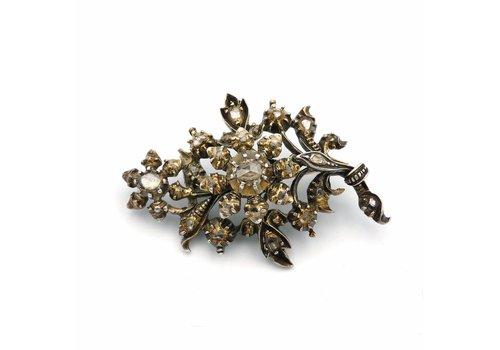 Zilveren broche met roos diamant