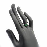 18 krt. wit gouden ring met briljant, diamant en smaragd