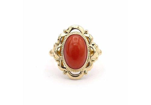 Occasion 14krt gouden ring met echte bloedkoraal