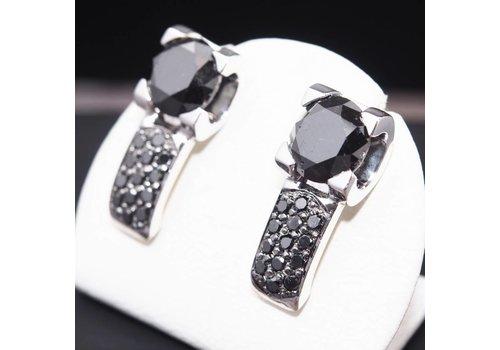 Occasion witgouden oorknoppen met zwarte Diamant