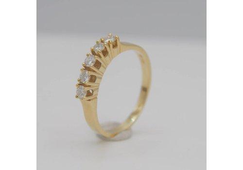 14k geel gouden ring met Briljant
