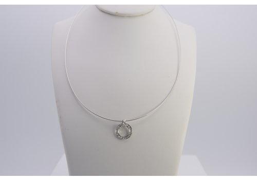 18k wit gouden collier met hanger gezet met Diamant