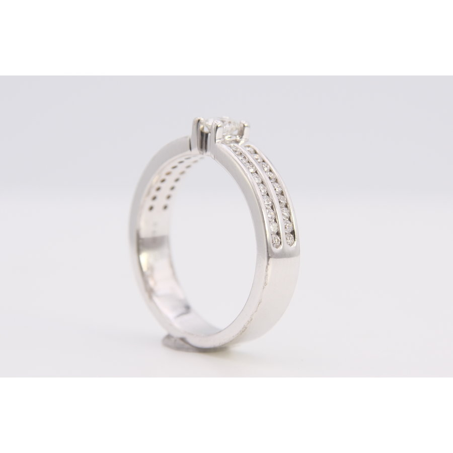 14k wit gouden ring met Briljanten