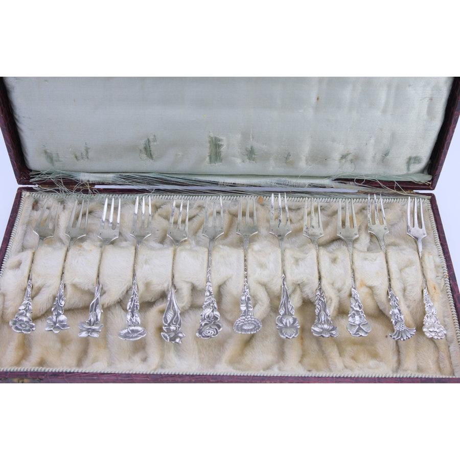 Zilveren gebak vorkjes