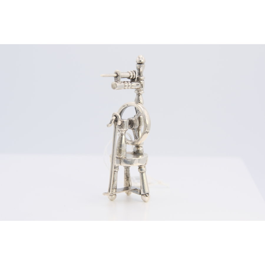 Occasion zilver miniatuur spinwiel 23.6gr BK.