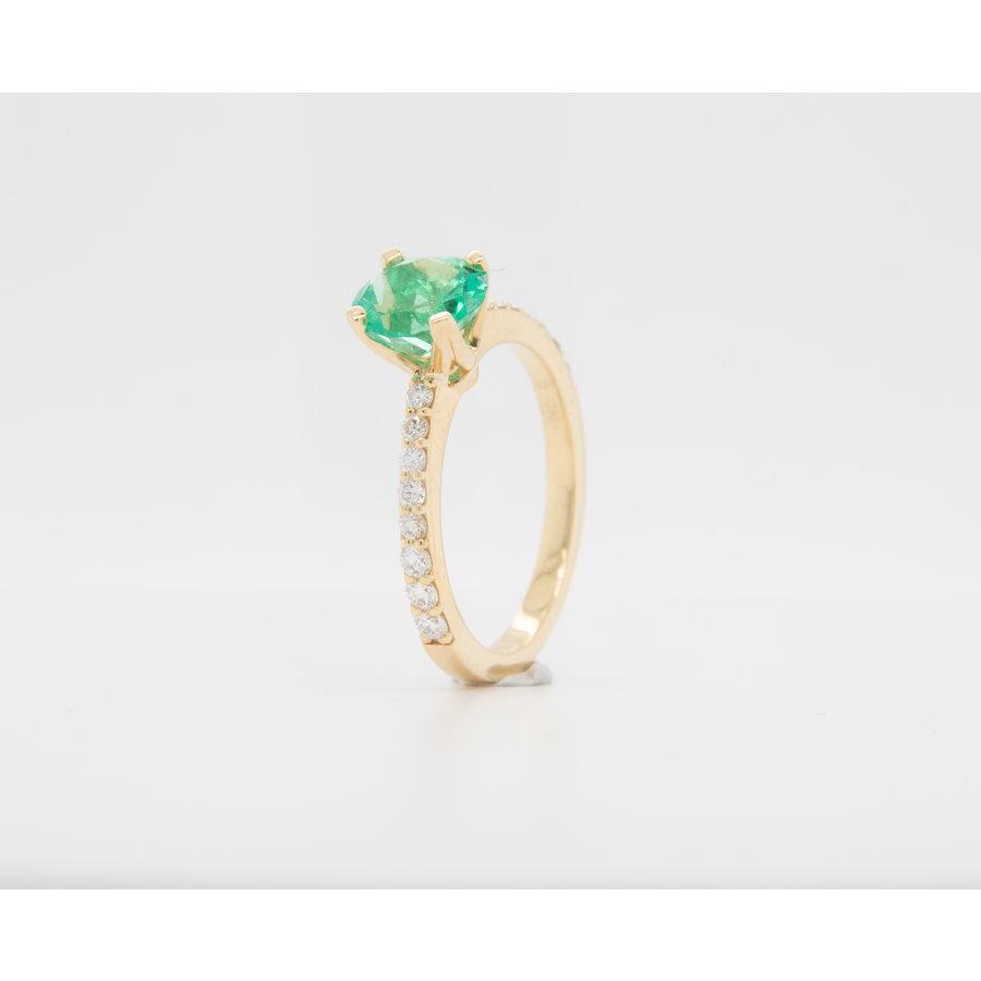 Nieuw 18 karaat geel goud ring smaragd 3.7 gram