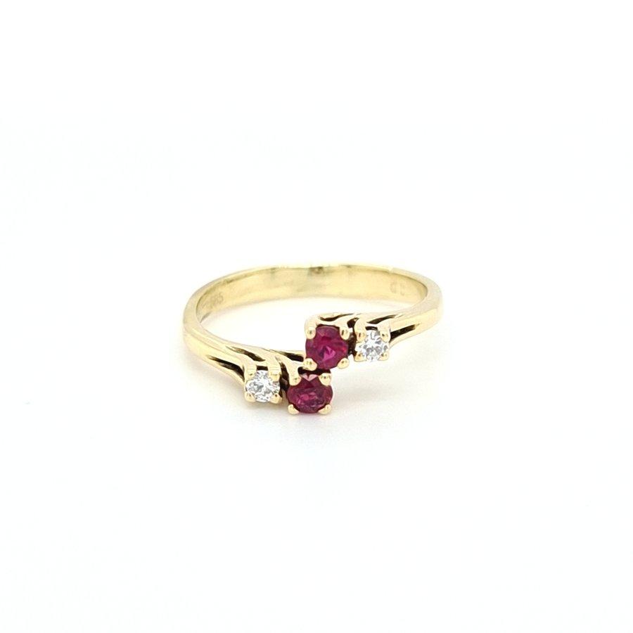 Occasion 14 karaat geel gouden ring briljant/ robijn 2.5 gram