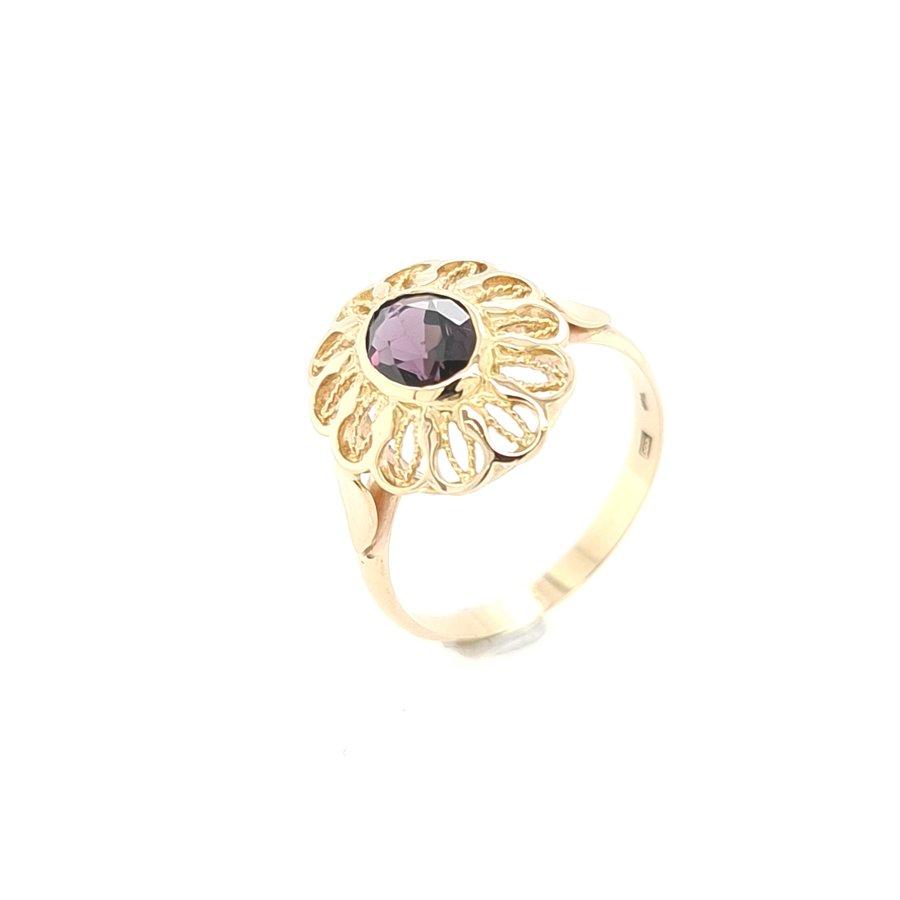 Occasion 14 karaat geel gouden ring spinel 3.3 gram