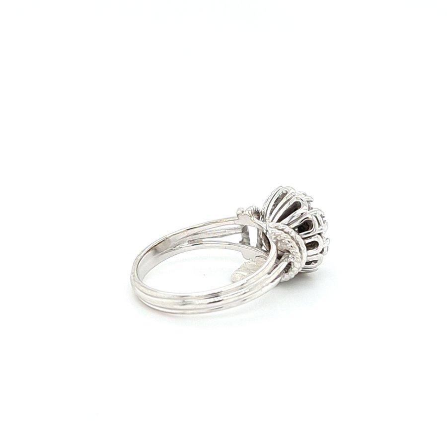 Occasion 18 karaat wit gouden ring 0.12 krt briljanten 4.7 gram maat 16.5