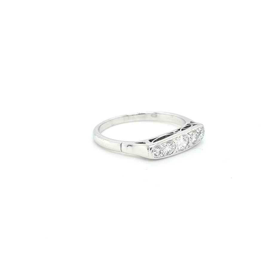 Occasion 14 karaat wit gouden ring 0.50 krt briljanten  2.3 gram maat 17.5