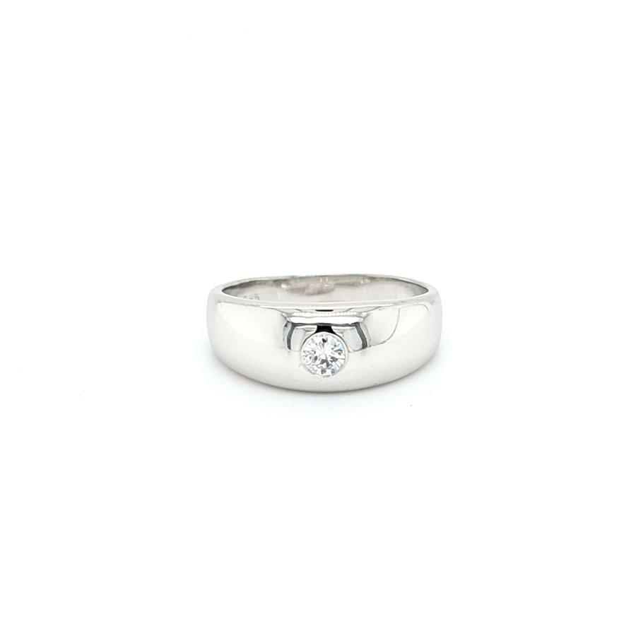 Occasion 14 karaat wit gouden ring 0.15 krt briljant 4.8 gram maat 17,5