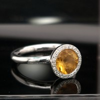 Occasion 14 karaat wit gouden ring citrien 0.10 krt briljanten 5 gram maat 18