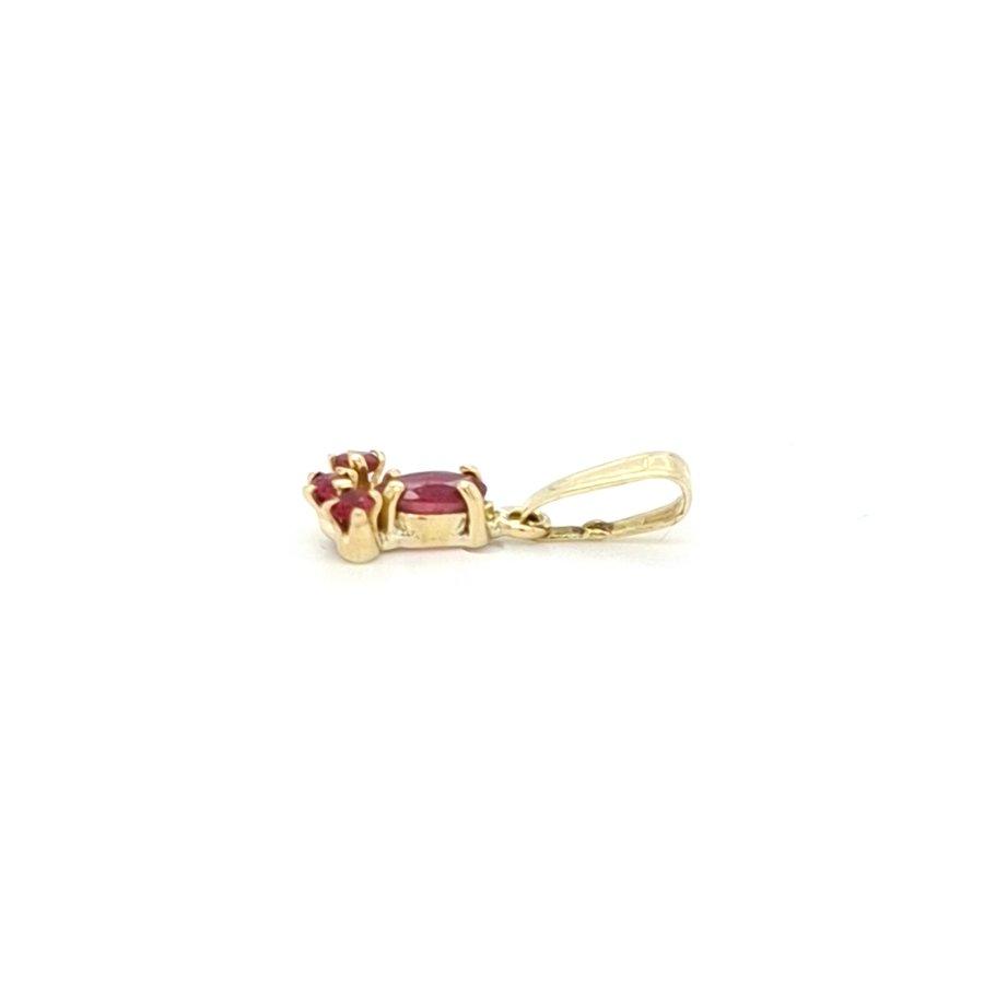 Occasion 14 karaat geel gouden hanger robijn 0.7 gram