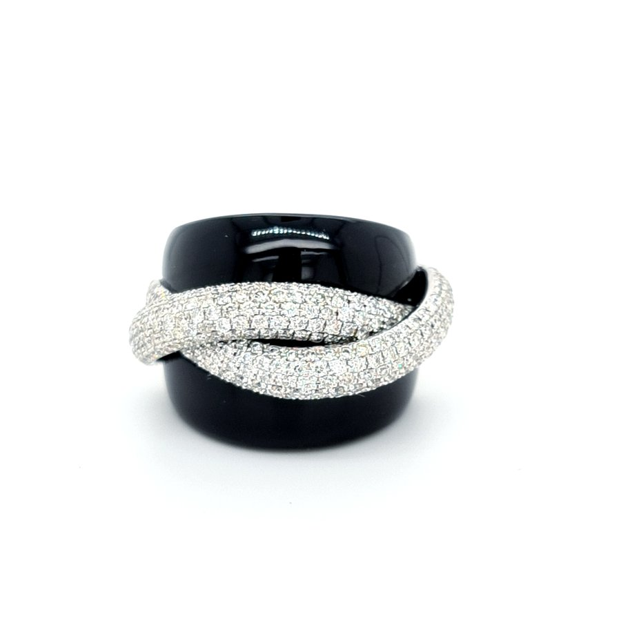 Occasion 18k wit goud/ onyx ring met briljanten. ERR.