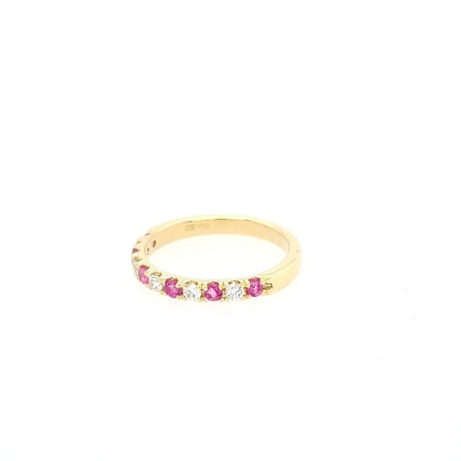 14 Karaat geel gouden ring 0.15 krt briljanten/ echte robijn 1.7 gram maat 15,5