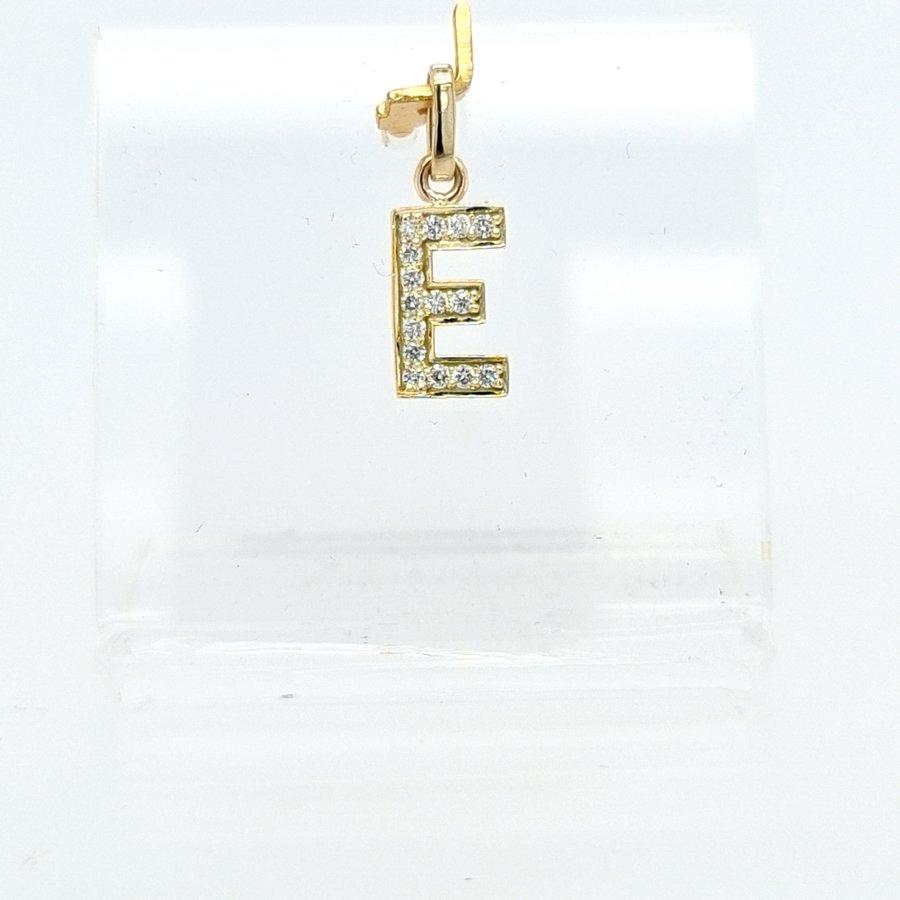 New 14 karaat geel gouden E letter hanger met 0.12  krt briljanten 1.3 cm totaal lengte, gewicht 0.70 gram