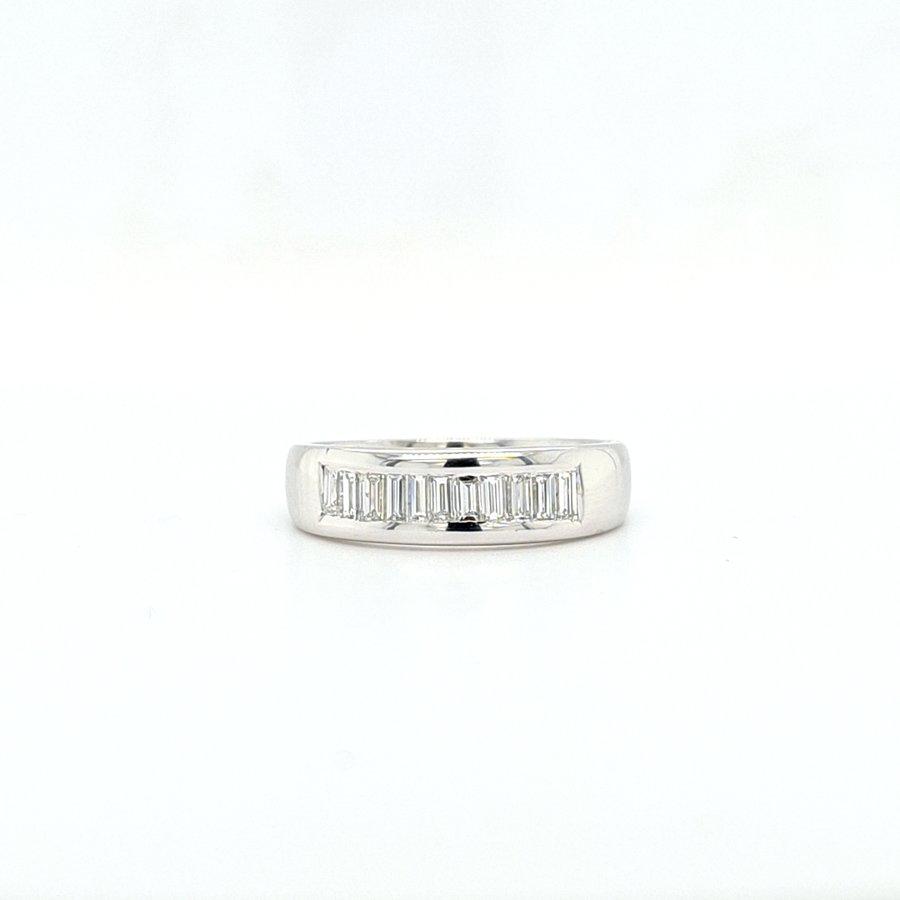18 krt wit gouden ring met diamanten