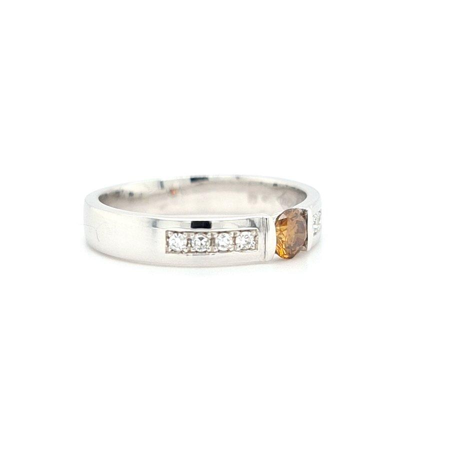 18k witgouden ring met Fancy color Diamond