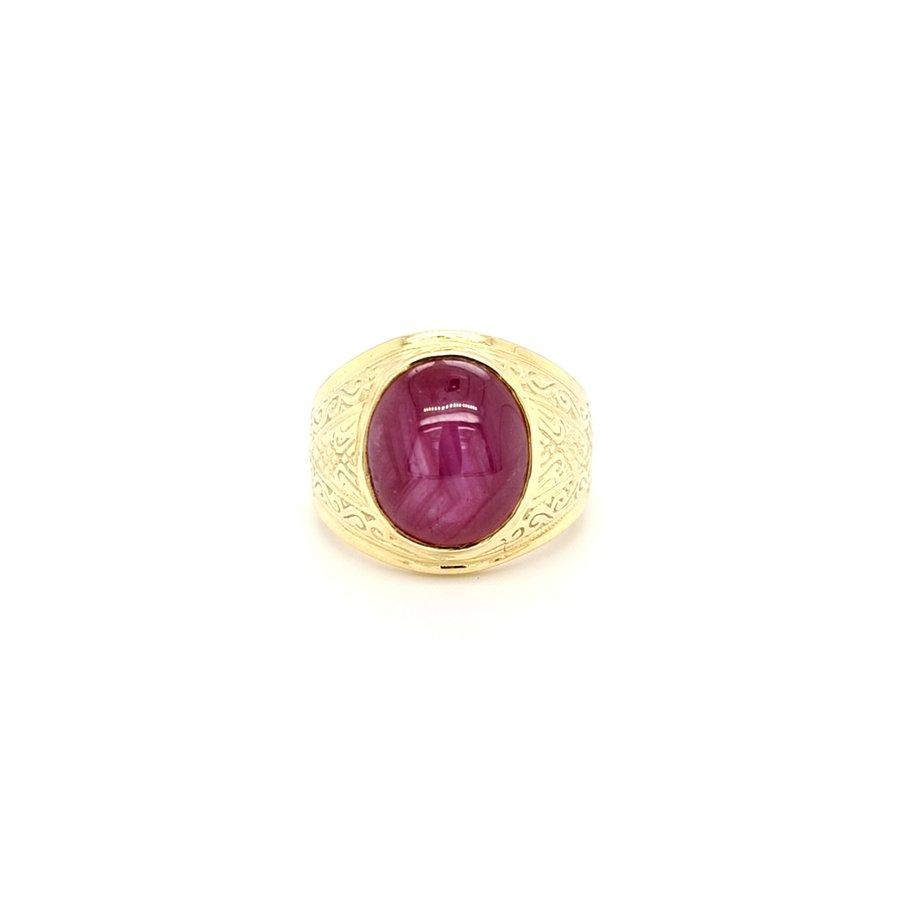 Occasion 14 karaat geel gouden ring cabochon geslepen robijn