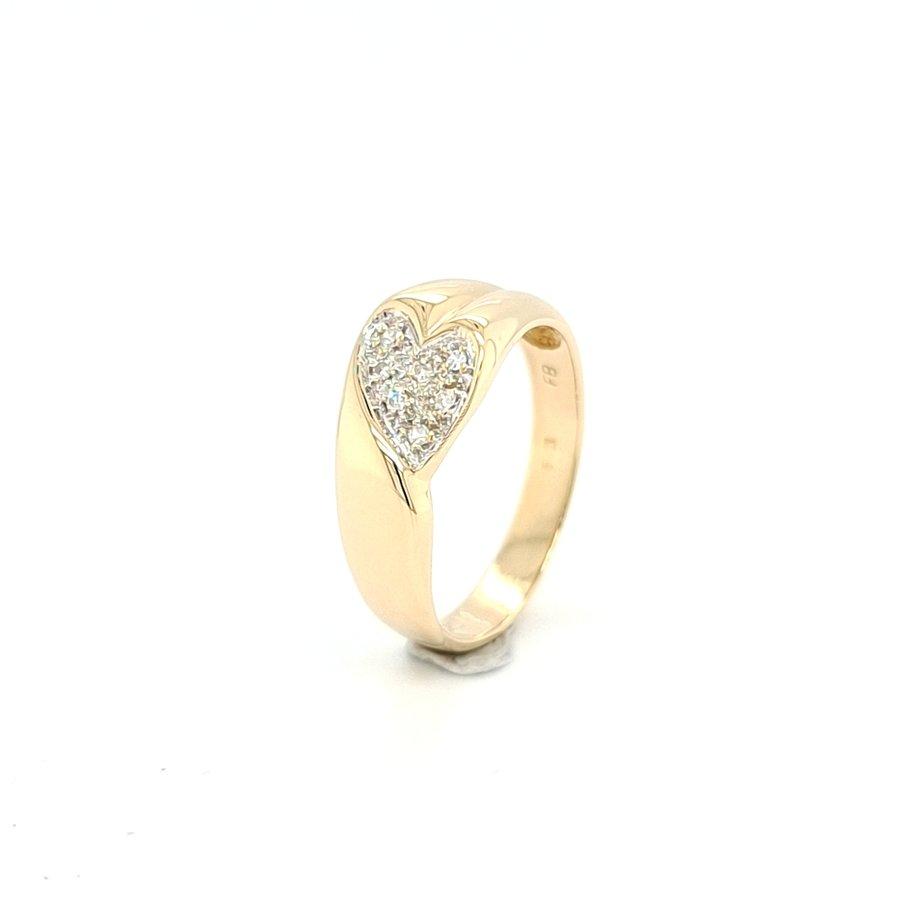 14 krt. geelgouden ring met briljant