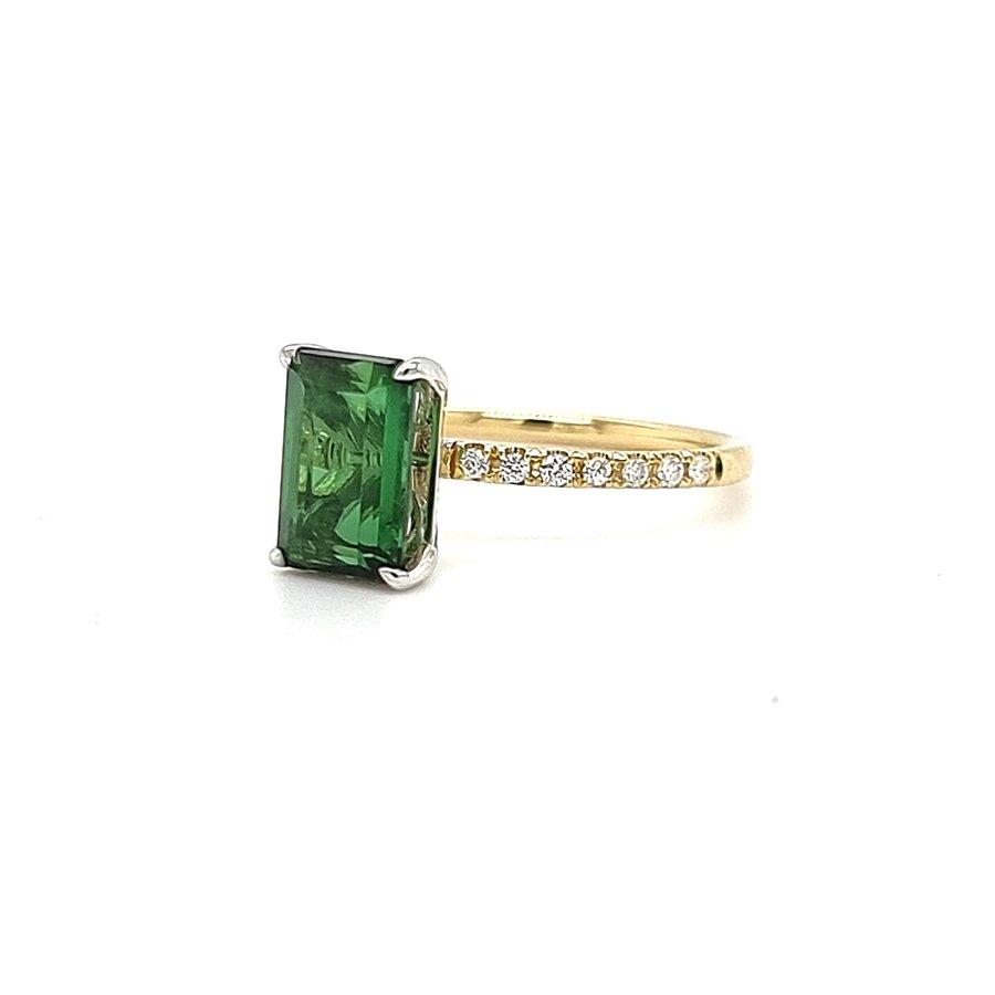 18 krt. bicolour ring met tourmalijn en briljanten