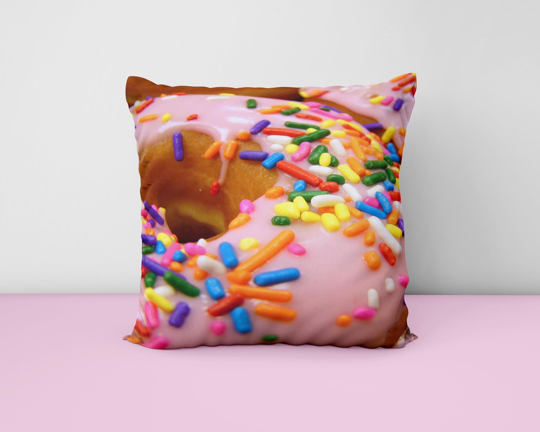 Kussen met een donut afbeelding