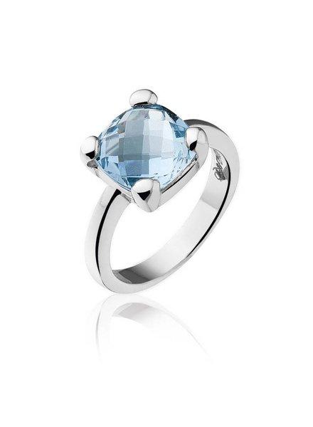 Zilveren ring met blauwe Topaas steen