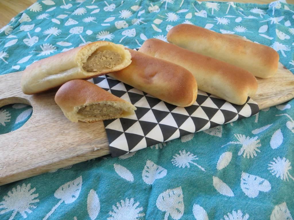 Brabantse worstenbroodjes Vegan worstenbroodjes