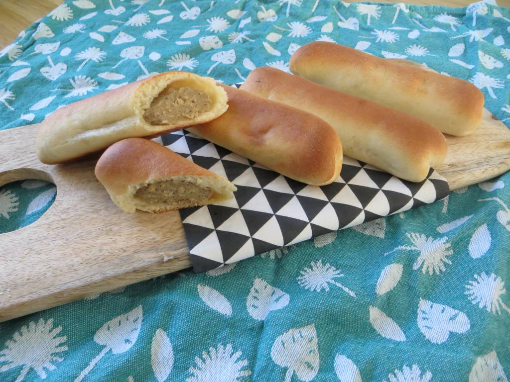 Brabantse worstenbroodjes Vegane Wurstbrötchen