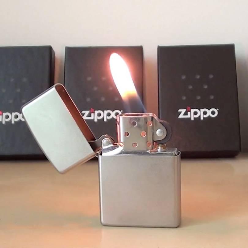 Zippo Zippo aansteker met horoscoop, naam en geboortedatum