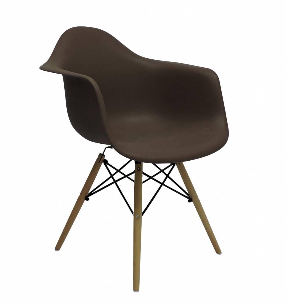 Aanbieding Eetkamerstoelen Design.Daw Eames Design Stoel Bruin