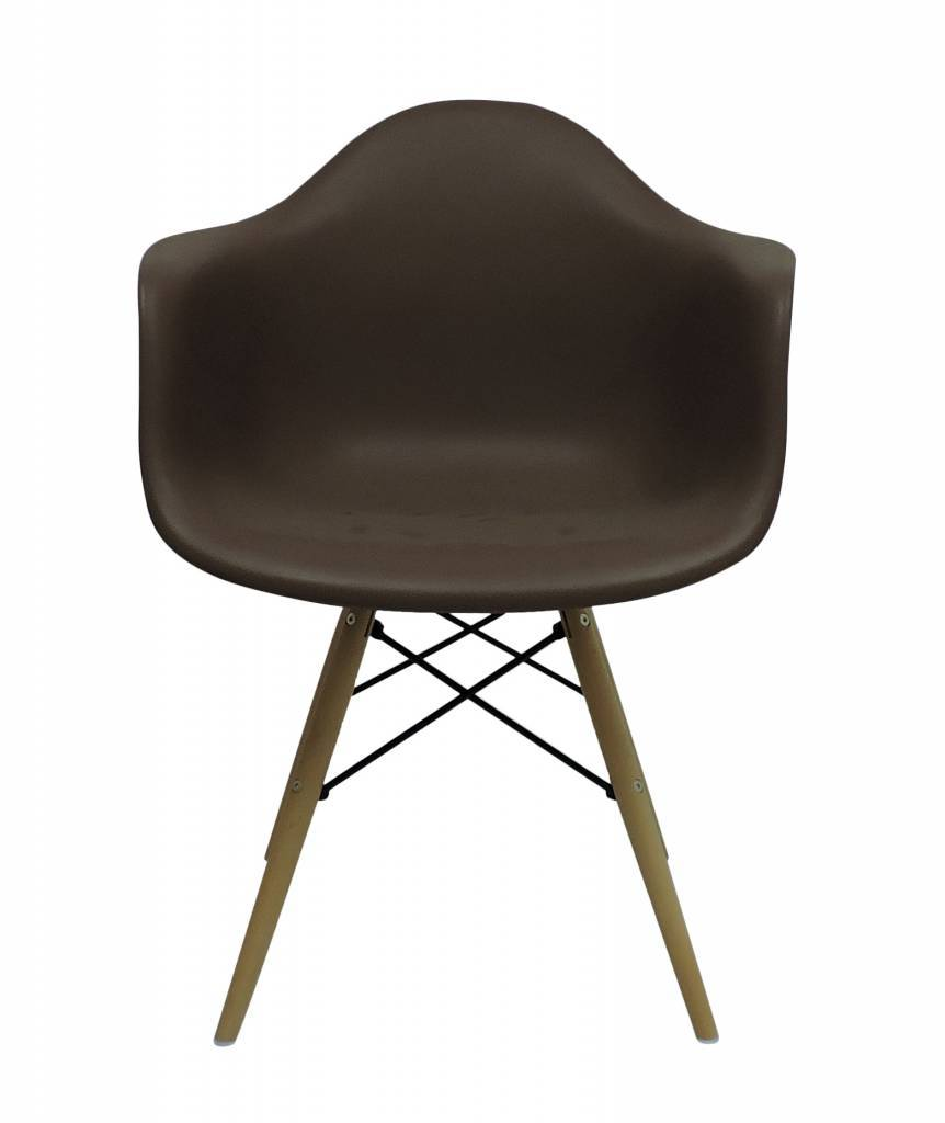 Design Stoelen Alkmaar.Daw Eames Design Stoel Bruin