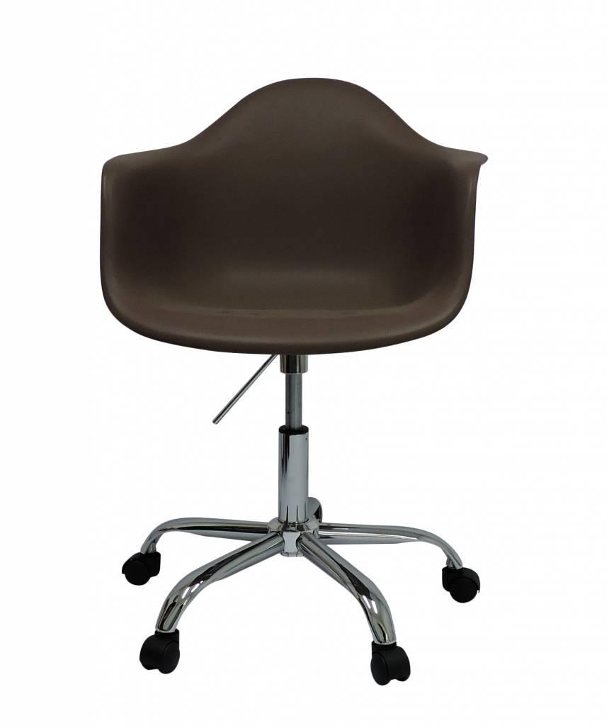 PACC Eames Design Stoel Bruin