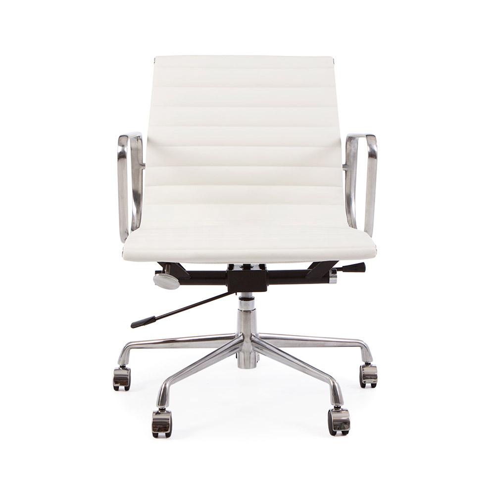 EA117 Eames Bureaustoel