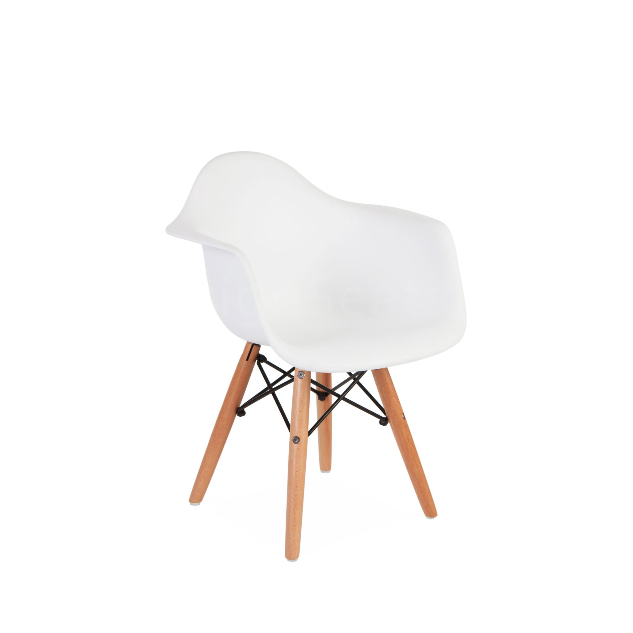 Te Koop Kinderstoel.Daw Eames Design Kinderstoel Eames Kids