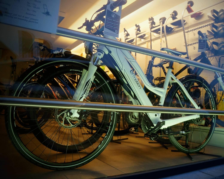 Realisaties: Etalageverlichting fietswinkel